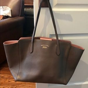b98f486076da Gucci Bags | Authentic Swing Totetaupe With Pink | Poshmark
